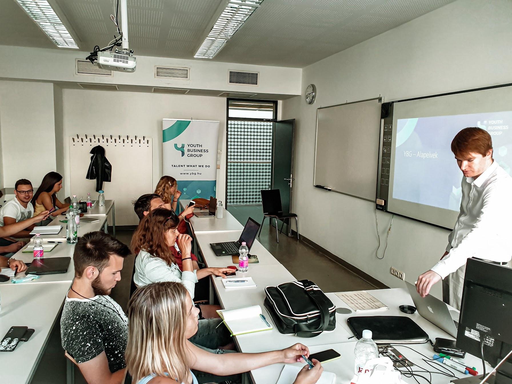 Youth Business Group Egyesület – egyetemi workshop